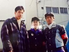 阪神大震災ボランティア(左端)